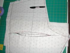 Stitches and Seams: Alterations: Fisheye Dart (Pants).  Altering pattern for fisheye darts ...change slope on waist and crotch curve CJB must try