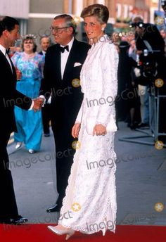 7th of June, 1989: Prince Charles & Princess Diana attend the Royal Gala Performance of IL TROVATORE,  Royal Opera House, Convent Garden, London.