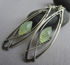 Hey, I found this really awesome Etsy listing at https://www.etsy.com/listing/207879265/silver-wire-earringshammered-earrings