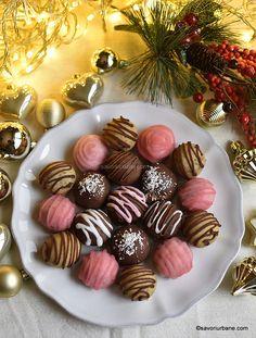 cum se fac bomboane fondante ca la cofetarie reteta pas cu pas Fondant, The Daniel Plan, Mini Cupcakes, Cake Cookies, Cookie Recipes, Panna Cotta, Keto, Sweets, Cooking