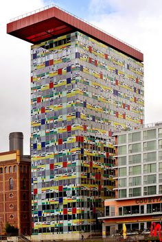 Architect Wil Alsop's Colorium office Building, Medianhafen, Dusseldorf. #modern and #bold