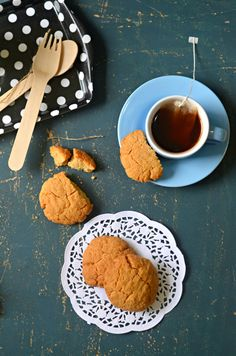 old fashioned peanut butter cookies for tea time. Crunchy from outside and chewy from inside