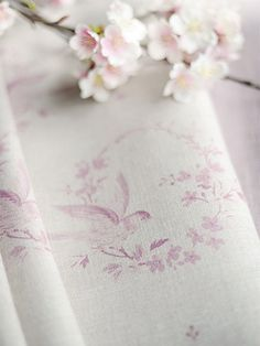Little Sprigs ~ Chalk Pink on Stone Linen - Peony & Sage Baby Girl Quilts, Girls Quilts, Floral Photography, Interior Photography, Shabby Chic Fabric, Fabulous Fabrics, Soft Furnishings, Art Blog