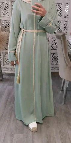 Modest Fashion Hijab, Abaya Fashion, Fashion Outfits, Muslim Women Fashion, Islamic Fashion, Mode Abaya, Mode Hijab, Hijab Fashion Inspiration, Mode Inspiration