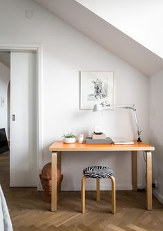 White Spaces This beautifully renovated loft located in Stockholm is a display of light and well-thought design. From...