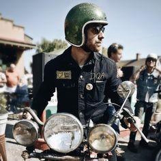 photo by Yve Assad via Matt Eddmenson #lifestyle #motorcycleculture #culturamotera | caferacerpasion.com