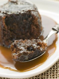 toffee pudding with toffee sauce