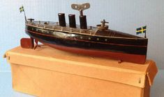Marklin tin torpeedo boat boxed clockwork.jpg