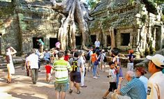 Learn about the weather and what to wear in Phnom Penh; by understand what is appropriate and what is not when visiting a temple. Cambodia Beaches, Tonle Sap, Khmer Empire, Siem Reap, Phnom Penh, National Museum, Scuba Diving, Where To Go, Vietnam