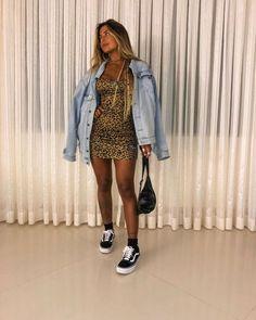 Fashion Tips 101 .Fashion Tips 101 Urban Outfits, Trendy Outfits, Cool Outfits, Fashion Outfits, Fashion Boots, 1990 Style, Fashion Tips For Women, Womens Fashion, Outfit Goals
