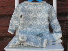 Ullsett med mønster  str. 18 mnd :) Dresser, 18th, Barn, Sweaters, Fashion, Moda, Powder Room, Converted Barn, Fashion Styles