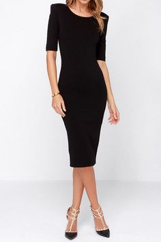 A gorgeous Black Midi Dress that can be dressed up or down with the right shoes and accessories! A dress you can wear year round to cocktail events, work, happy hour, and more. Just $39.99!!