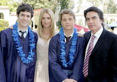 The Cohens: Seth, Kirsten, Ryan (Atwood), and Sandy