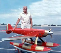 Macchi Castoldi still holds the record for world's fastest seaplane set in specifications, video, facts, trivia, RC airplanes. Remote Control Planes, Radio Control, Kit Planes, Rc Radio, Modeling Techniques, Rc Model, Model Airplanes, Vintage Racing, Scale Models