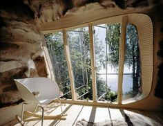 Dragspelhuset by 24 Hours Architecture. A contemporary Thoreau's cabin ? Contemporary Architecture, Architecture Details, Interior Architecture, Organic Architecture, Sweden House, Micro House, Interior Decorating, Interior Design, Through The Window