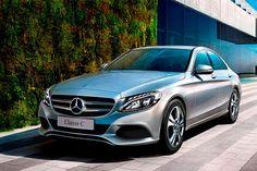 Já está à venda o novo Mercedes C180 com motor Flex produzido no Brasil. Em três…