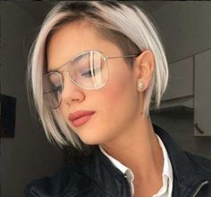 52 Chic Short Bob Hairstyles & Haircuts for Stylish Women bob haircut; bob haircut for fine hair; bob haircuts for fine hair; bob haircuts for thick hair We have compiled the Short Fine Hairstyles Women 2019 that are modern and very easy to maintain. Popular Short Hairstyles, Bob Hairstyles For Fine Hair, Hairstyles 2018, Updos For Fine Hair, Ladies Short Hairstyles, Undercut Hairstyles Women, Undercut Women, Edgy Haircuts, Short Bob Haircuts