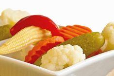 Vegyes savanyúság Hungarian Recipes, Foods, Vegetables, Food Food, Food Items, Vegetable Recipes, Veggies