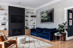 A Bronte beauty of a home for a family of five unites modern Australian style and practical features to create the ultimate beachside abode. Living Room Shelves, My Living Room, Living Spaces, Home Design, Bronte House, Romper Room, Oak Hardwood Flooring, Top Interior Designers, Studio Mcgee