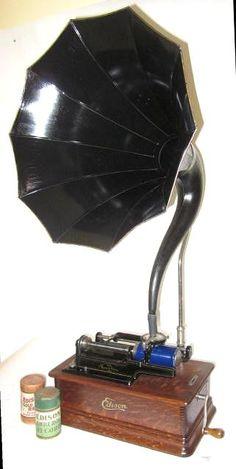 phonophan antique phonographs graphophones gramophones Edison Victor Victrola Columbia