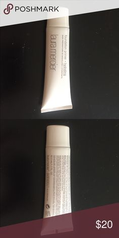 Laura mercier Foundation primer • hydrating Used few times. 90% maintain. Laura mercier Makeup Face Primer