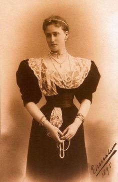 1890 - Grand Duchess Elizabeth. She obviously liked this photo as she was still signing copies of it five years after it was taken.