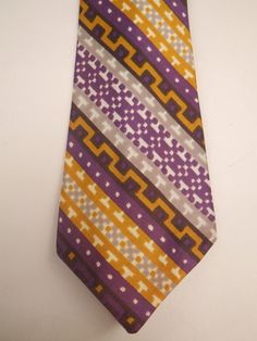 Vintage 40s Bold Look Tie Necktie Purple and Gold