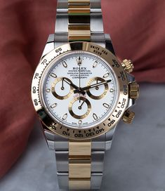 Give the Rolex Daytona (Ref. 116503) a touch of character with a case and bracelet in fine Rolesor. The perfect watch to accomodate those for whom steel alone is not enough. Buy Rolex, Rolex Models, Luxury Watch Brands, Rolex Daytona, Rolex Watches, Touch, Steel, Bracelets, Gold
