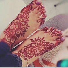 My girlfriend feets