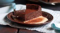 Fondant au chocolat sans lactose Muffins, Cupcakes, Lactose, Goodies, Healthy Recipes, Healthy Food, Pudding, Pie, Dinner