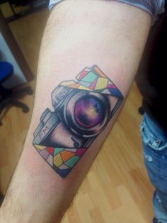 Reflex camera Tattoo camera #tattoolifemagazine #tattoolife #italian_traditional_tattoo #tattoocollection #tattoo #neotraditional #tattoo #mamasink #inkerstattoo www.inkerstattoo.it