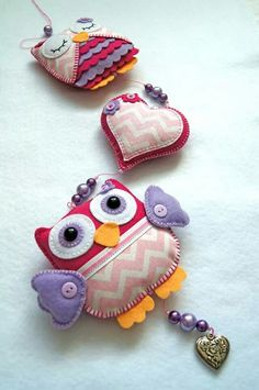 Handmade by JoHo - vilten uiltjes kraamcadeau - owls felt - feltro