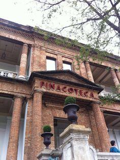A Pinacoteca do Estado é um museu de artes visuais, com ênfase na produção brasileira desde o século XIX até a contemporaneidade, pertencente à Secretaria de Estado da Cultura. Fundada em 1905 pelo Governo do Estado de São Paulo, é o museu de arte mais antigo da cidade.