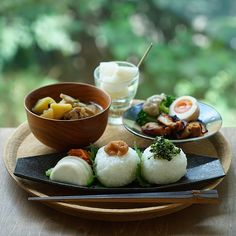 Learn how to arrange one plate and enjoy cafe rice ♡ Food Design, Japanese Food Sushi, B Food, Masterchef, Exotic Food, Cafe Food, Cata, Aesthetic Food, Teller