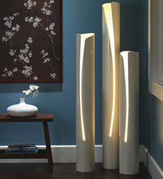 PVC DIY - PVC Lighting and other great ideas. If these were heated, before they were cut, they could have been shaped as well. DIY Floor lamp tutorial and instructions! Pipe Diy Projects, Home Projects, Pvc Pipe Crafts, Diy Floor Lamp, Deco Luminaire, Diy Casa, Diy Flooring, Home Lighting, Lighting Ideas