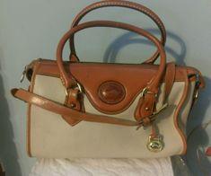 Dooney & Bourke Vintage Leather Shoulder Bag Purse Handbag Cream & Beige 757224  #DooneyBourke #Vintage