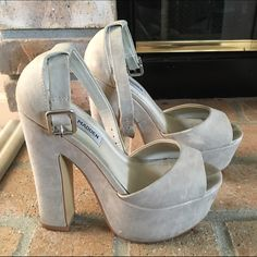 Steve Madden Whitman Bone Nubuck Platform Sandal Nubuck heels, in good condition with some marks on the back as shown. Comes w original box Steve Madden Shoes Sandals