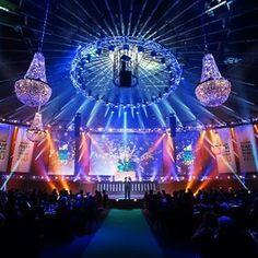 Iluminacion decorativa para gala #showlight #lighting #eventos #eventoscorporativos #eventosespeciales #gala #iluminacioneventos #ilumicacaodecorativa