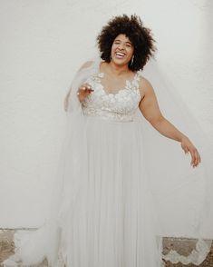 Informal Plus Size Wedding Dress – daisystyledress Plus Size Brides, Plus Size Wedding, Boho Wedding Dress, Wedding Attire, Informal Wedding Dresses, Aisle Style, Voluptuous Women, Dresses Online, Plus Size Fashion