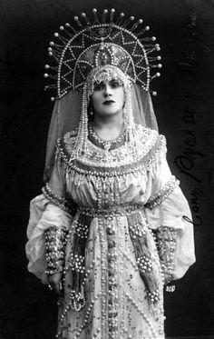 Russian soprano singer Evgenia Bronskaya (1882–1953) as Lyudmila in Mikhail Glinka's opera 'Ruslan and Lyudmila', Russian stage costume #retro