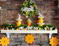 One of TheSeasonalHome.com's favorite (indoor) Easter Decorations