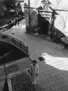 Infiniti auguri alla nomade: Luisa Casati.