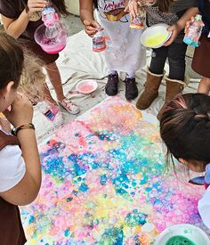 RECYCLED BOTTLE BUBBLE ART WITH KIDS