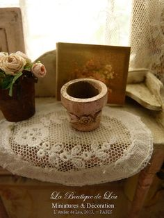 Dollhouse distressed Shabby pink flower pot - Accessory for dollhouse in 1:12th scale