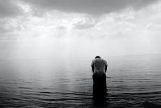 Esse texto é uma pintura realista do momento atual. Ptsd, Trauma, Elisabeth Kübler-ross, Truth Hurts, It Hurts, Fitness Motivation, Motivation Success, Love Handle Workout, Stages Of Grief