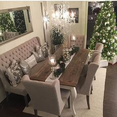 dining room 760826930779834838 - awesome 49 Stylish Dining Room Design Ideas Source by roundecorcom Dining Room Table Decor, Dining Room Design, Dining Room Furniture, Living Room Decor, Dinning Room Ideas, Decor Room, Dining Room With Bench, Furniture Stores, Mirrored Furniture