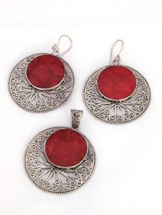 Handcrafted Balinese Sterling Silver filigree and Red Coral disc earrings and matching pendant. Earrings and pendant feature Sterling Silver intricate Balinese filigree design with a centre accent in Red Coral. Filigree Jewelry, Sterling Silver Filigree, Metal Jewelry, Silver Jewelry, Vintage Jewelry, Handmade Jewelry, Gold Jewelry For Sale, Cute Jewelry, Coral Earrings