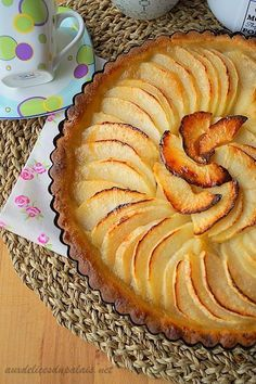Healthy smoothie recipes 744923594591809558 - Tarte aux pommes (la meilleure) Source by Coconut Recipes, Tart Recipes, Apple Recipes, Snack Recipes, Dessert Recipes, Best Apple Pie, Easy Smoothie Recipes, Healthy Snacks, Sweet Tooth