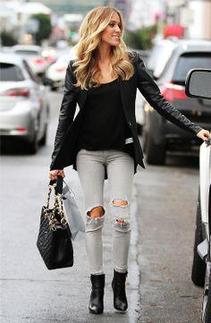Casual street style on Kristin Cavalleri