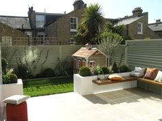 6 Ways To Add Value To The Exterior Of Your Property - Child Friendly Garden Design 6 Ways To Add Value To The Exterior Of Your Property Garden Design London, London Garden, Modern Garden Design, Contemporary Garden, Patio Design, Backyard Designs, Modern Patio, Backyard Ideas, Back Gardens